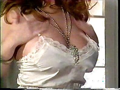 busty women, clitoris, fucking in HD xxx movie