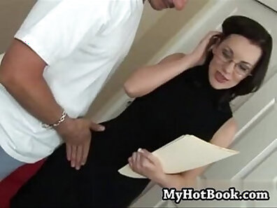 anal fucking, cougar clips, fucking in HD, sexy mom xxx movie