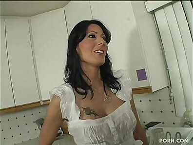 hot mom, hot stepmom, mother fucking, perverted stepson, top-rated son vids, young babes xxx movie
