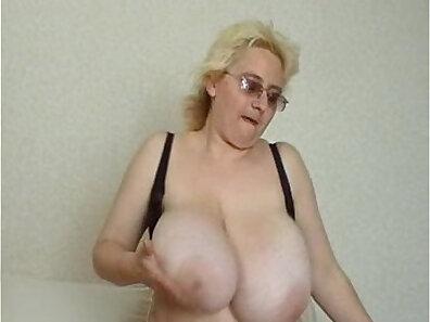 mature women, older woman fucking, russian amateurs xxx movie