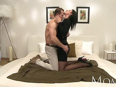 cum videos, cumshot porn, horny and wet, hot mom, mother fucking, sexy mom xxx movie