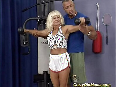 crazy drilling, fucking in HD, hardcore screwing, hot mom, nude, sexy mom, solo posing xxx movie