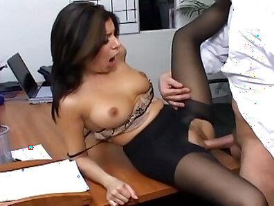boss and secretary, busty women, fucking in HD, office porno, women in pantyhose xxx movie