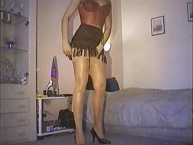 doll xxx, german women, hot babes, kinky fetish, old guy movies xxx movie