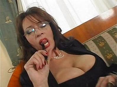boss and secretary, busty women, fucking in HD, girl porn, lesbian sex, mature women, older woman fucking, sexy mom xxx movie