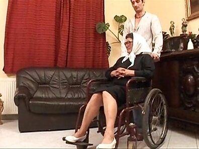 ass fucking clips, fucking in HD, having sex, mature women, older woman fucking, wearing glasses xxx movie
