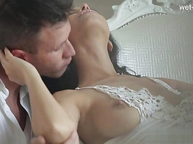 cowgirl position, fucking in HD, latin clips, lesbian sex, romantic sex xxx movie