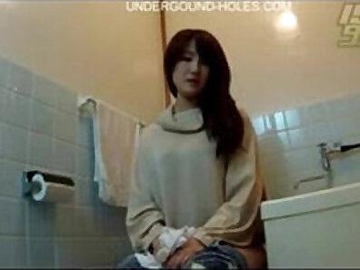 kinky toilet sex, watching sex xxx movie
